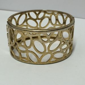 Unique Vintage Gold tone bangle bracelet